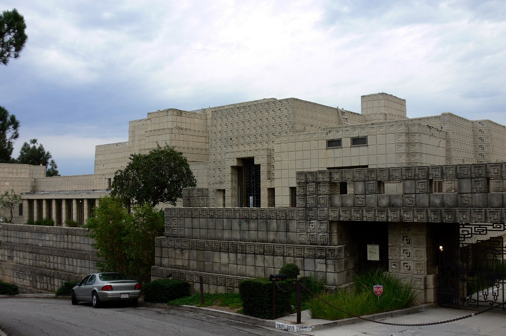 ennis-house-front-large
