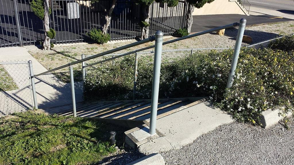 locksley-parking-lot-stairway