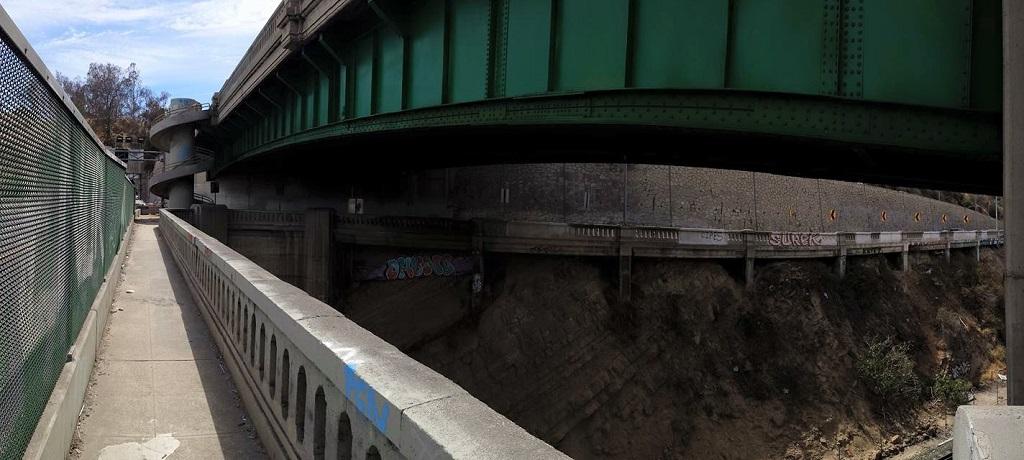 gritty-underbelly-of-i-110-freeway