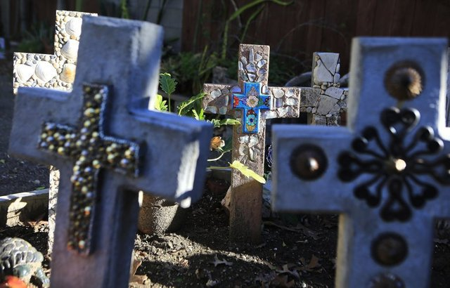 09 Marquezlife_faith-family-crosses