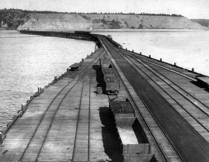 15 Long Wharf