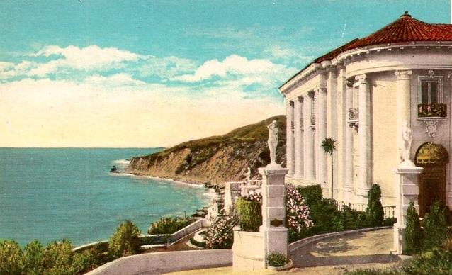 25 Villa Leon postcard