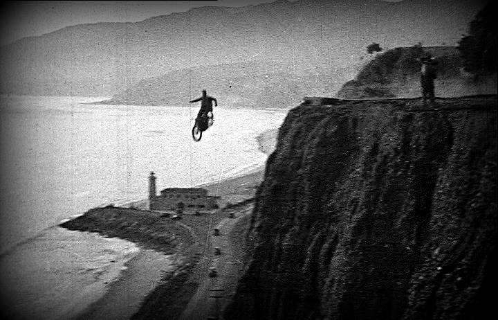 27 Motorcycle parachute jump 1926