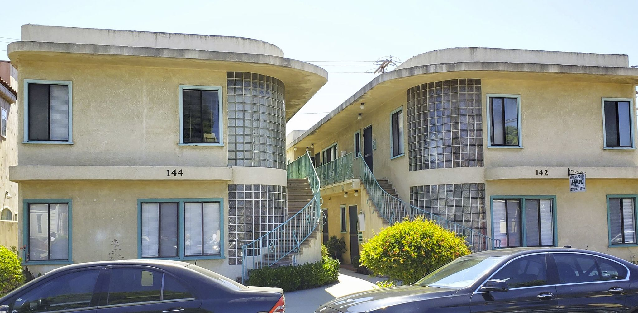 Apartments 142-144 Claremont Ave in LB
