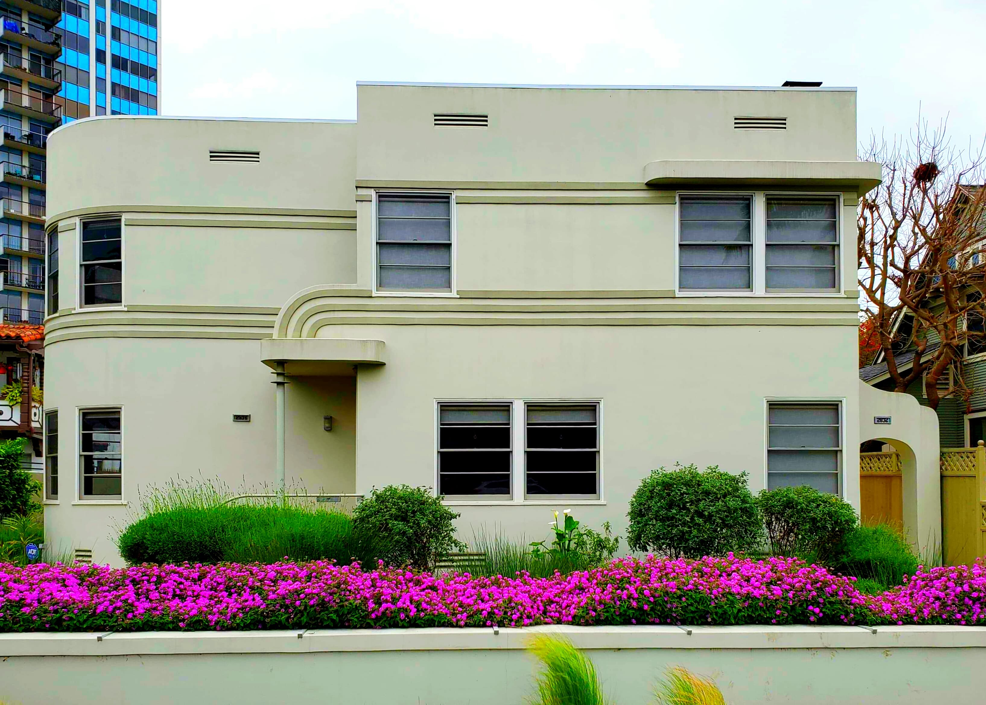 Apartments - SM - 2832 1st St Long Beach CA 90803